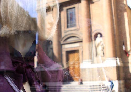 Cortona - model and church