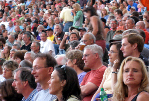 Jethro_tull_audience_at_red_rocks_4